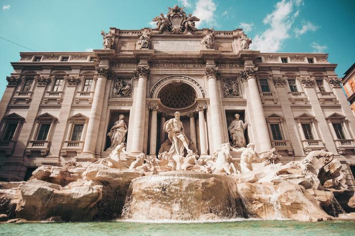 Trevi Fountain | The Beauty of Rome